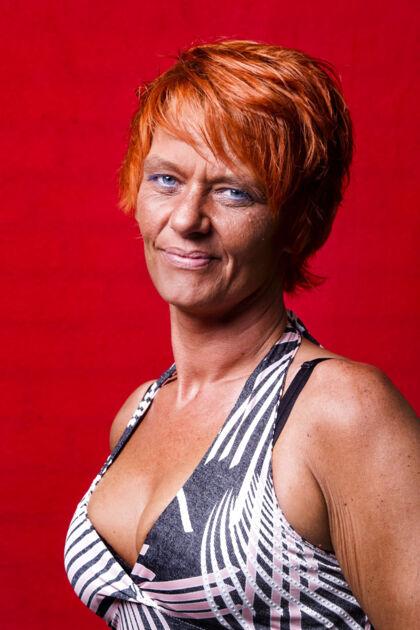 Diana Dandanell, 42, hjemmegående.