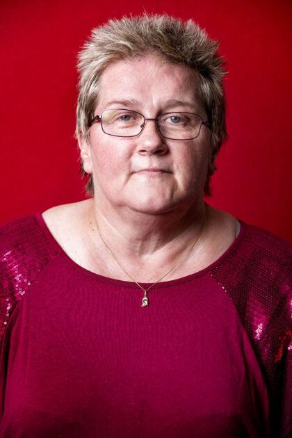Inge Andersen, 52, hjemmepleje-assistent.