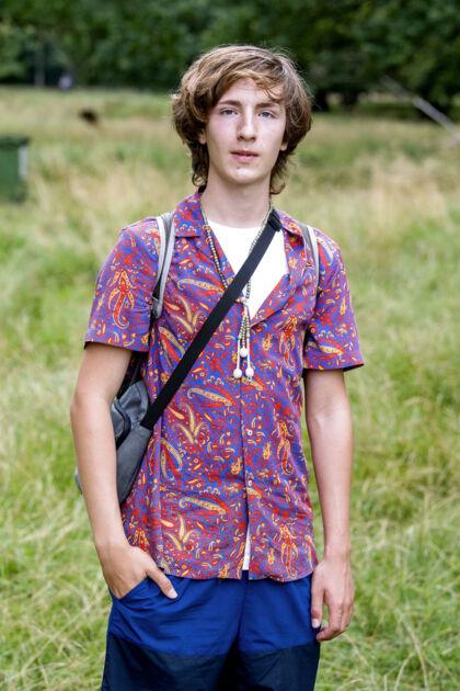 18-årige Theodor Poulsen mener, at der altid vil være hændelser til fester af den størrelse som finder sted i Dyrehaven til 'Putte-velkomst'. Men ifølge ham bør det ikke lukke festen.