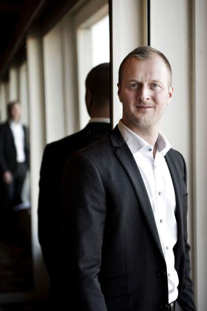 Thomas Kirk Kristiansen bruger en masse penge på golf og heste.