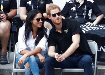 Prins Harry og Meghan har ses kørestolstennis ved Invictus Games i Toronto.