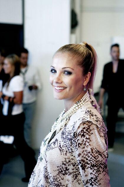 Caroline Fleming som vært for 'Danmarks næste topmodel' og gravid med hendes fælles barn med Nicklas Bendtner.