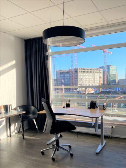 Du får et professionelt kontor - med en suveræn udsigt - på CPH Hotel.