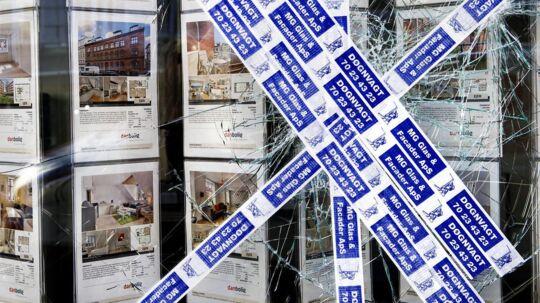 Det var især ejendomsmæglere og banker, der vakte demonstranternes vrede