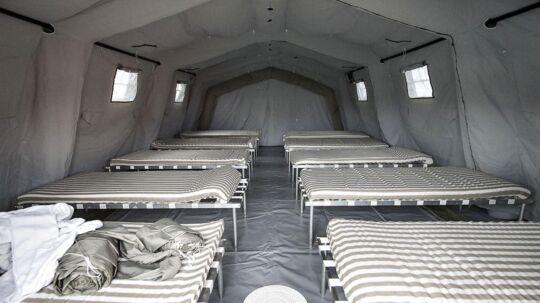 Oliefyr holder teltlejrene varme i kulden. Her fra et telt i Thisted