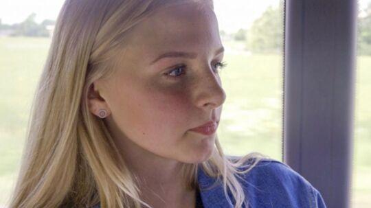 18-årige Helle Roager er glad for at have fundet sin halvsøster.