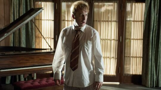Problemerne tårner sig op for Jimmy McGill alias Saul Goodman (Bob Odenkirk). Foto: Netflix