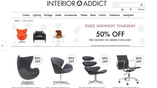 Den britiske netbutik Interior Addict sælger kopier af danske designermøbler. Det vil fem møbelproducenter nu have stoppet ved at lukke for forbindelsen.