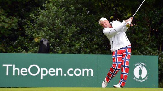 John Daly er kendt for sine farverige outfits, når han slår sig rundt på golfbaner over hele verden.