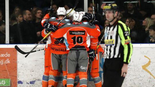 Esbjerg Energy (bill.) vandt den fjerde DM-finalekamp mod Esbjerg og fører nu 3-1 samlet. En sejr mere betyder, at vestjyderne genvinder guldet.