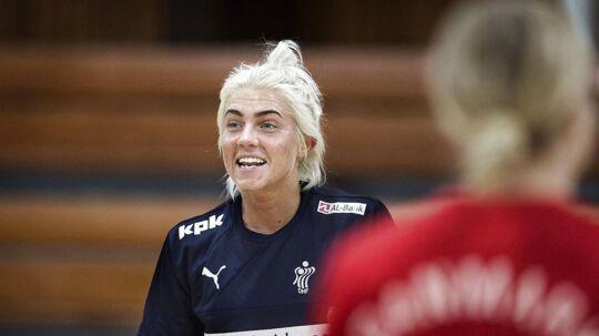 Håndboldspilleren Kristina 'Mulle' Kristiansen vil ikke tjene millioner i udlandet, hvis hun alligevel ser til fra bænken.