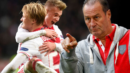 Bayern München har brug for en angriber som Kasper Dolberg, mener den tidligere Schalke-træner Huub Stevens (th.)