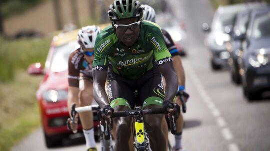 Franske Kévin Reza tog straks efter trejde etape af Romandiet Rundt fat i Gianni Moscon.