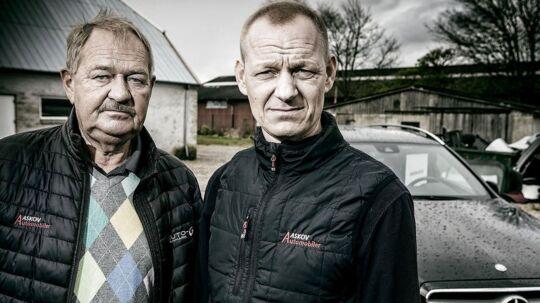 BT Kasper Aaskov og faren, Aaskov Automobiler i Varde, har været udsat for bøllemetoder af SKAT, da de importerede en Mercedes fra Tyskland.