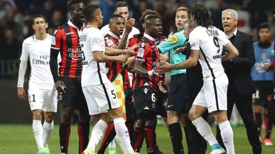 Nice- og PSG-spiller røg i totterne på hinanden.