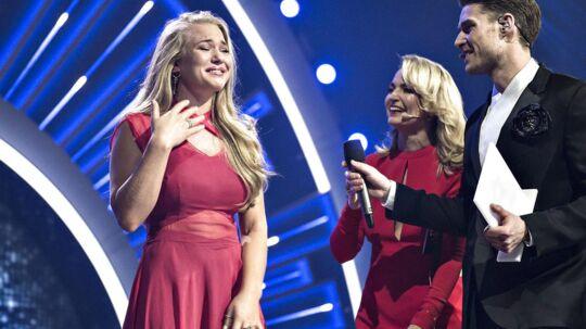 Anja Nissen optrådte i en flagrende rød kjole, da hun vandt det danske Melodi Grand Prix. Til Eurovision-finalen i Kiev bliver det i et helt andet antræk.