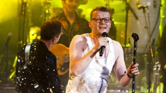 Thomas Helmig live på Skanderborg Festival - Danmarks Smukkeste Festival. Frank Hvam afbryder Tomas Helmigs koncert under nummeret Stupid Man og siger undskyld.