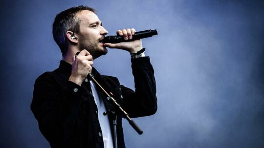 Lørdag d. 27 juni spiller Rasmus Walter på Tinderbox festival i Tusindårsskoven i Odense.