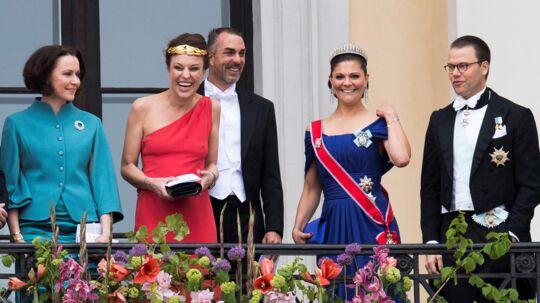 Fra venstre: Jenni Haukio, Desiree Kogevinas, Carlos Eugster, kronpirnsesse Victoria og prins Daniel af Sverige. Det var Desiree Kogevinas, der stjal opmærksomheden.