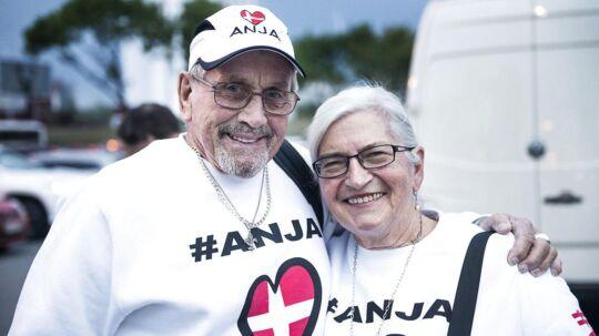 Anja Nissens bedsteforældre, Egon og Grethe Østergaard, har taget turen til Australien til Ukraine for at støtte deres barnebarn.