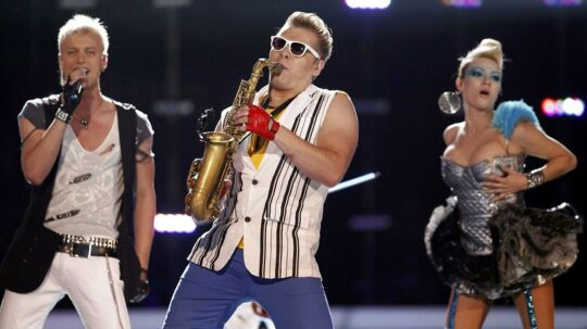 Her ses 'Epic Sax Guy' til Eurovision Song Contest 2010.