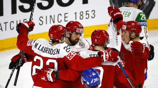 På to sene mål vandt Danmark over Italien i den sidste kamp ved VM i ishockey.