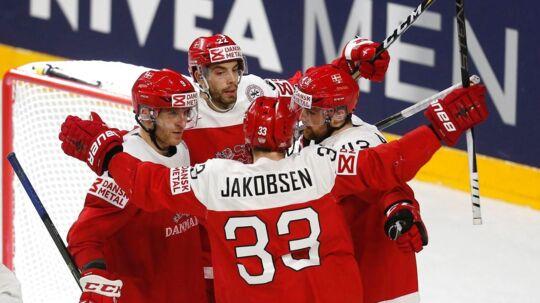 Julian Jakobsen (33) sammenlignede efter sejren over Italien ved VM i ishockey modstandernes hold med italiensk fodbold.