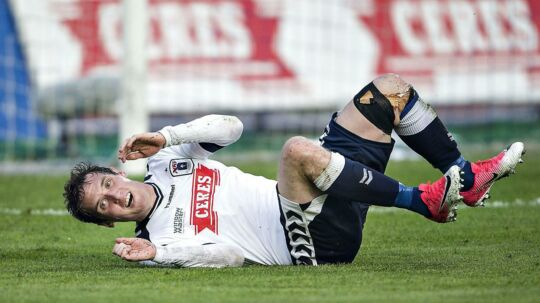 Morten 'Duncan' Rasmussen fejrer sin scoring til 3-1 til AGF over Esbjerg. Kampen sluttede 3-1, og AGF er dermed indtil videre reddet, mens Esbjerg skal spille knald-eller-fald kampe mod AC Horsens.