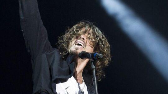Chris Cornell - forsanger i bl.a. Soundgarden og fadder til grunge-bølgen - som millioner af fans husker ham bedst, en karimatisk og stærk performer på scenen. I sidste uge døde han i en alder af 52.