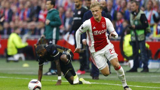 Kasper Dolberg er ikke Zlatan Ibrahimovic. For han er helt sin egen, forsikrede Ajax-træner Peter Bosz inden den store Europa League-finale mellem Ajax og Manchester United.