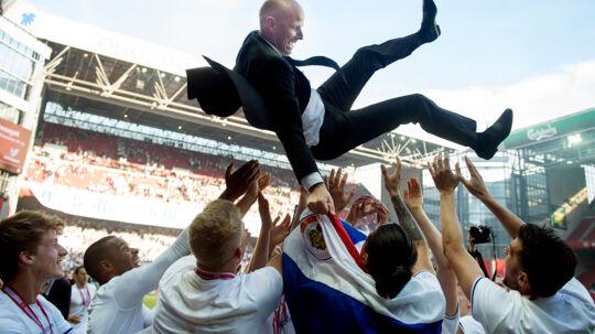 Ståle Solbakken har i denne sæson taget FC København til nye højder med endnu en 'The Double'. Så det må være nu, han også tager spillet mod nye højder, mener BTs sportschef. Foto: Liselotte Sabroe