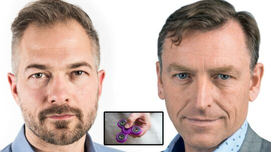 Jonas Rathje (tv.) Fidget Spinneren (i midten) og Jens Grund (th.)