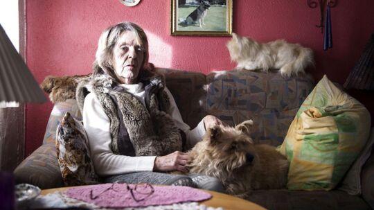 Ulla fik at vide hos sine læge, at hun havde lungebetændelse. Det viste sig at være kræft. Nu giver lægerne hende 6 måneder at leve i.
