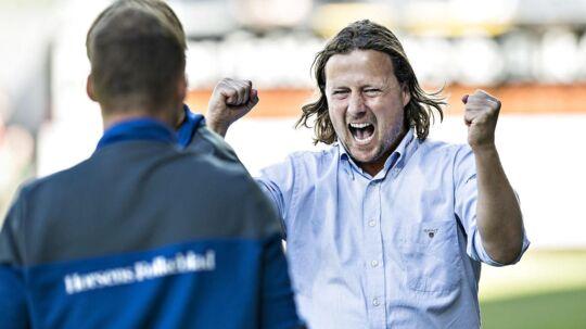 Horsens-træner Bo Henriksen jubler efter sejren over Esbjerg.