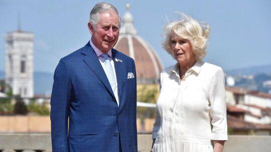 Her ses prins Charles og hertuginde Camilla.