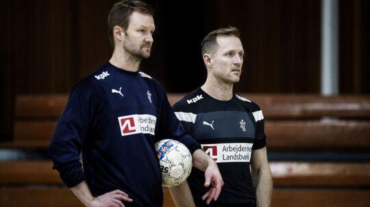 Assitenttræner Søren Herskind (tv.) og landstræner Klavs Bruun Jørgensen.