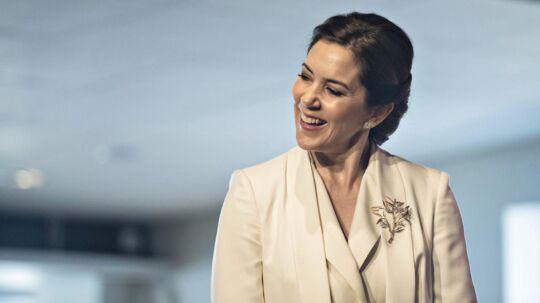 Kronprinsesse Mary til prisuddeling ved erhvervsfremstødet Liveable Scandinavia 2017 i Stockholm. Her overrækker hun en pris til en organisation, der arbejder med udsatte svenske og børn og deres familier.. (Foto: Ida Guldbæk Arentsen/Scanpix 2017)