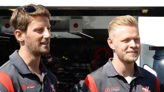 Kevin Magnussen (th.) og Romain Grosjean kører sammen hos Haas.