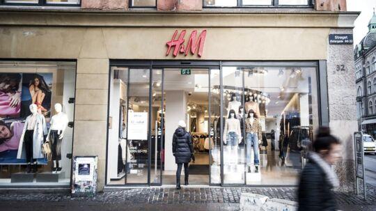 Hennes & Mauritz-koncernen har valgt København som en af de første byer, hvor det nye brand Arket skal se dagens lys. Arket er et butikskoncept, hvor man ud over en særlig tøjkollektion også vil sælge småting til hjemmet. Samtidig skal der placeres en café i butikken, de steder lokalerne tillader det.