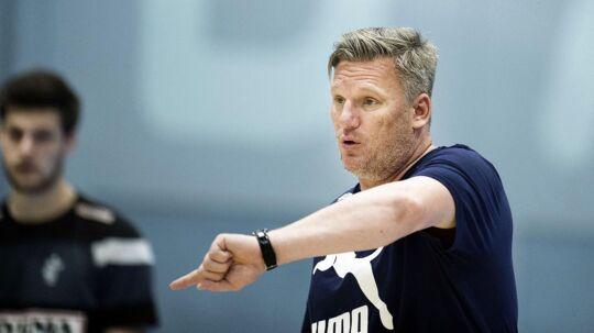 Nikolaj Jacobsen træner med det danske landshold i disse dage.