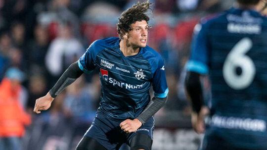 Rasmus Mintor Petersen skal i næste sæson heade bolde væk for Hobro.