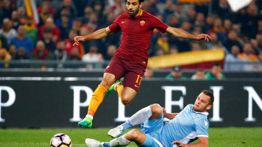 FILE PHOTO: Football Soccer - AS Roma v Lazio - Italian Cup - Olympic Stadium, Rome, Italy - April 4, 2017. AS Roma's Mohamed Salah in action with Lazio's Stefan de Vrij. REUTERS/Tony Gentile/File Photo