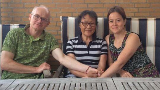 Jesper, Aiqin Sun og deres datter.