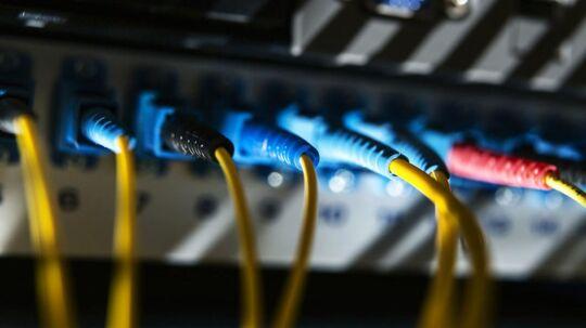(ARKIV) Billeder taget på DIX (Danish Internet eXchangepoint), et af de fysiske gadekryds i det danske internets infrastruktur, den 13. oktober 2014.Se Ritzau: Globalt cyberangreb ebber ud trods flere løsepenge. Tirsdag ser det globale it-angreb, der via programmet WannaCry låser computere og kræver løsepenge, ud til at være ved at være igennem sin værste hærgen.. (Foto: Simon Læssøe/Scanpix 2017)