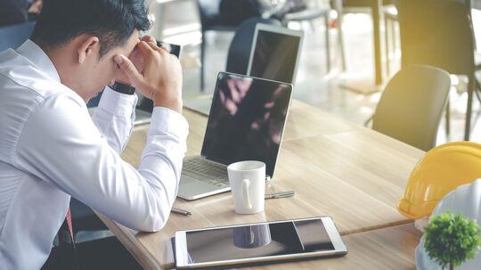 Modelfoto: Angst og arbejdsløshed er bare to af de problemer, som kan vælte ned over selvmordsramte partnere.