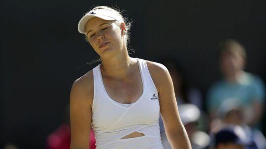 Fem gange tidligere har Caroline Wozniacki været i Wimbledons ottendedelsfinale, og hver gang har hun tabt. Mandag kan hun revanchere sig mod stærk amerikaner. Arkivfoto.