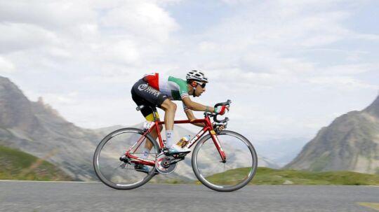 Fabio Aru tabte tid på onsdagens etape og gled fra en andenplads til fjerdepladsen i den samlede stilling.