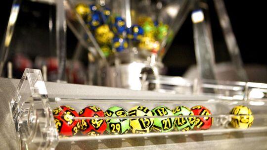 Arkivfoto af lottokugler