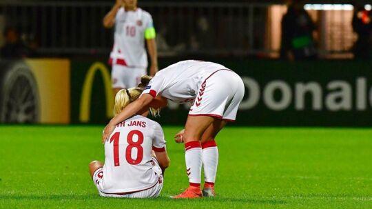 Mie Lath Jans (nummer 18) var en fin erstatning for Janni Arnth, men kan formentligt ikke spille den kommende kamp mod Norge.