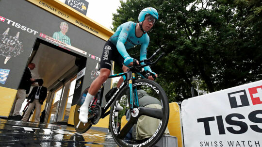 Der er blevet kørt nogle kilometer siden Michael Valgren trillede ned ad rampen på første etape af året Tour de France 1. juli.